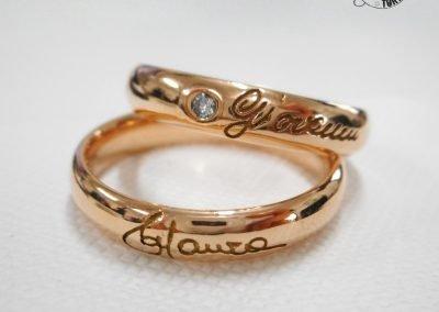 Fedi nuziali classiche in oro rosa con diamante e firma esterna