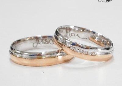 Fedi nuziali mantovane bicolore con fila diamanti e incisione interna
